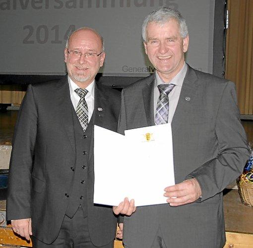 Ehrennadel